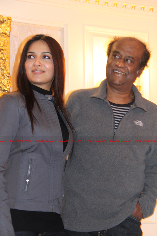 12mar kochadaiyaan medialaunch06 Rajnikanth and AR Raman at the Kochadaiyaan launch UK in Pictures!