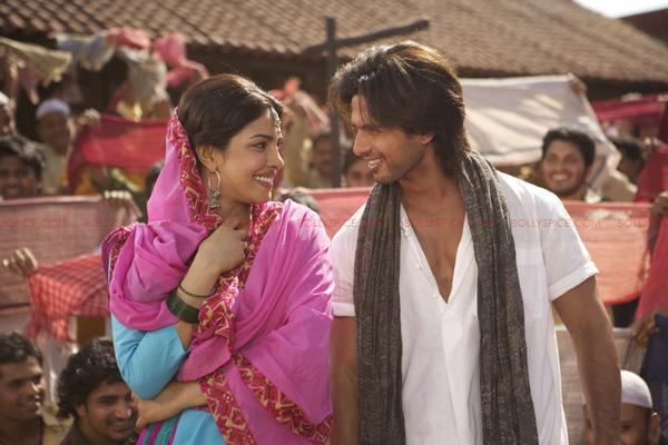 TMK01 Teri Meri Kahaani   Thrice Upon a Love Story
