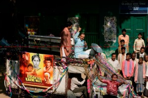 12may GoW ravereviewsCannes 300x200 Gangs of Wasseypur receives Rave Reviews at Cannes Film Festival!