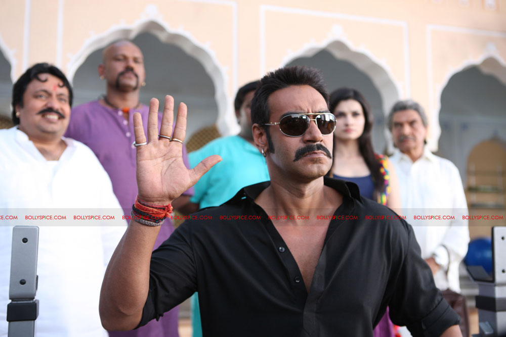 12may bolbachchanstills01 First Look: Bol Bachchan