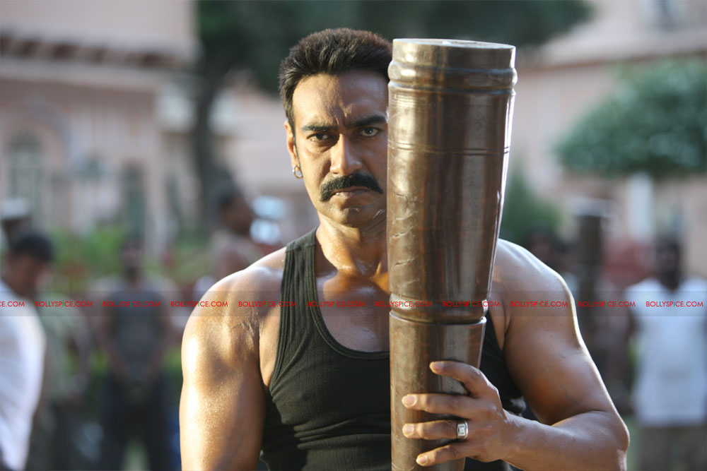 12may bolbachchanstills02 First Look: Bol Bachchan