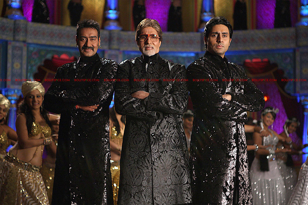 12may bolbachchanstills05 First Look: Bol Bachchan