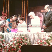 12may javed booklaunch10 185x185 Javed Akhtar's bestselling book 'Tarkash' launched in Marathi by Lataji