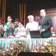 12may javed booklaunch15 185x185 Javed Akhtar's bestselling book 'Tarkash' launched in Marathi by Lataji