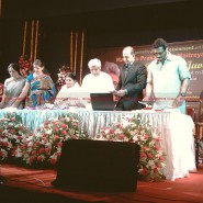 12may javed booklaunch17 185x185 Javed Akhtar's bestselling book 'Tarkash' launched in Marathi by Lataji