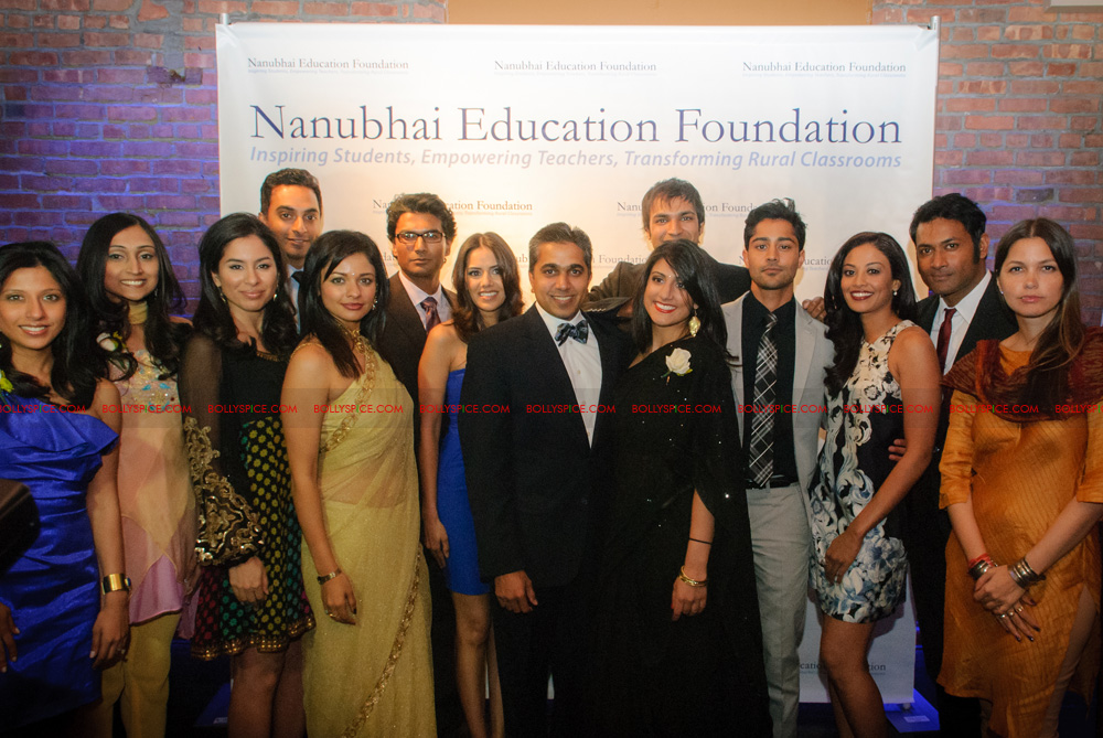 12may nanubhai gala04 Nanubhai Education Foundation Raises a record $55,000 at the Fourth Annual Gala