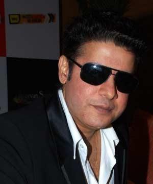 12may sajid experimenting Sajid Khan experimenting