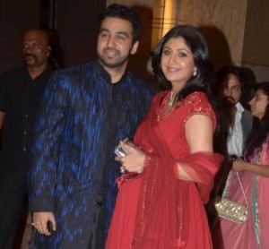 12may shilpashettybaby 300x278 Shilpa Shetty and Raj Kundra welcome a new addition – Baby K.