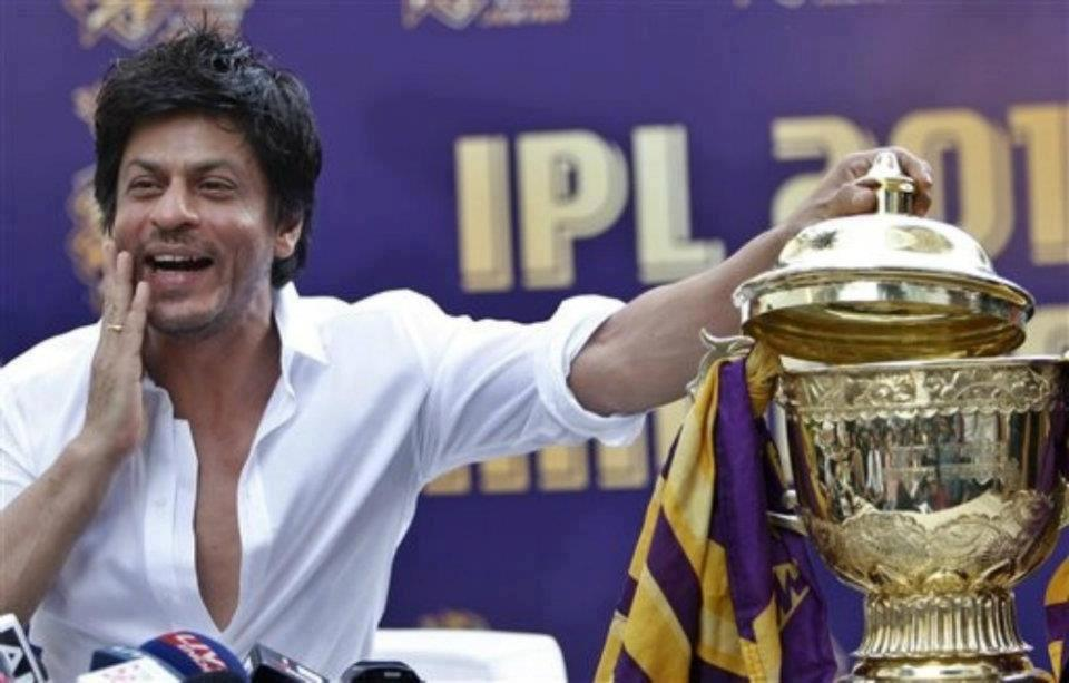 "12may srk kkr pressconf04 ""I felt for the first time in my life; that if I stood on the balcony and took off, I could fly"" – Shah Rukh Khan speaks on KKR Win"