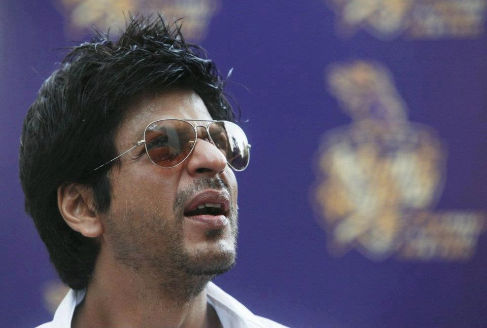 "12may srk kkr pressconf08 ""I felt for the first time in my life; that if I stood on the balcony and took off, I could fly"" – Shah Rukh Khan speaks on KKR Win"