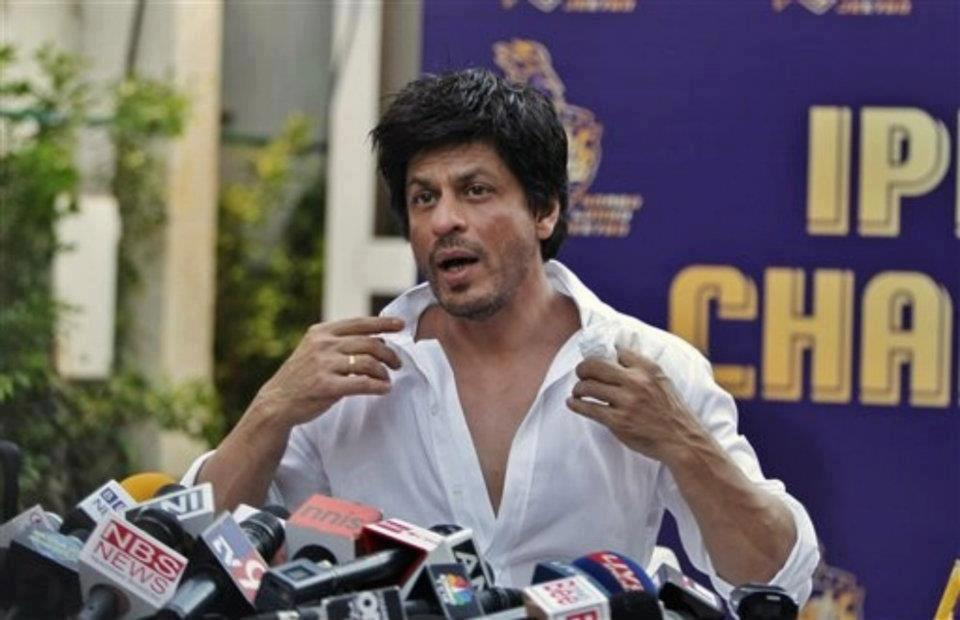 "12may srk kkr pressconf09 ""I felt for the first time in my life; that if I stood on the balcony and took off, I could fly"" – Shah Rukh Khan speaks on KKR Win"