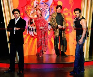 12may tussaud worldtour 300x249 Shahrukh, Aishwarya, Hrithik and Kareena to go on museum world tour!