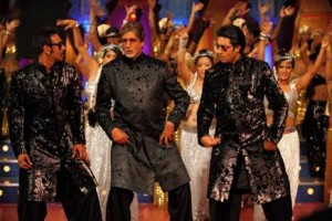image003 300x200 Amitabh, Abhishek and Ajay Groove to the Beat of Bol Bachchans Title Song!