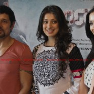 12jun AmyVikram Thaandavam09 185x185 Vikram & Amy Jackson at Thaandavam press meet in London