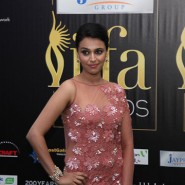 12jun IIFAgreencarpet48 185x185 Raj&Pablos Bollytastic World: IIFAs Award Show Green Carpet in Photos!