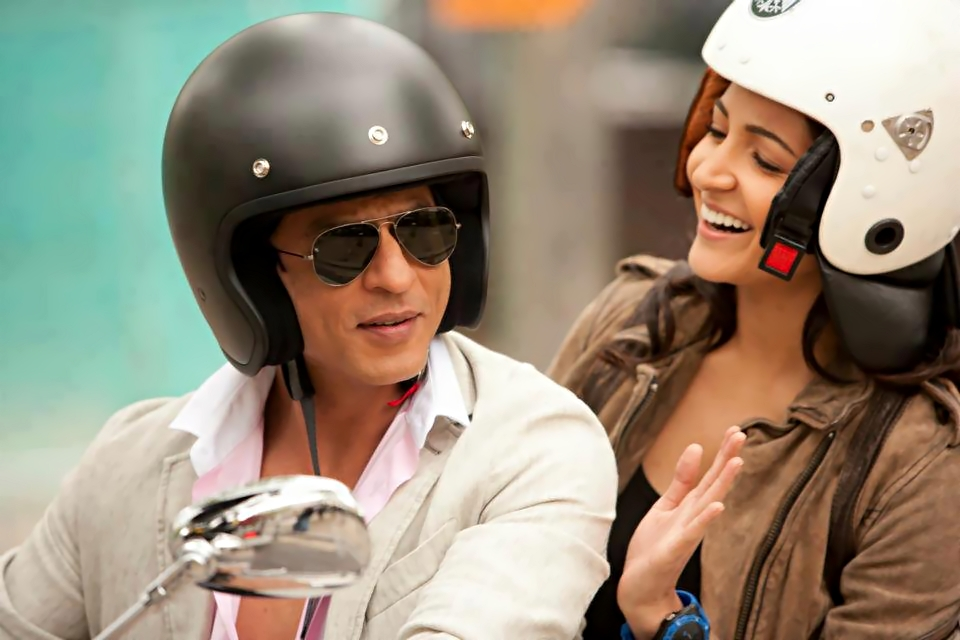 12jun SRK Anushka YRFnext01 New: Stills from YRF's Next featuring SRK and Anushka!