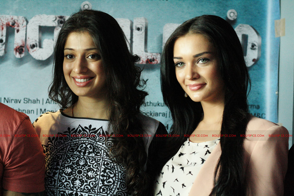 12jun amyjackson thaandavamUK03 British actress Amy Jackson attends London Press Conference for 'Thaandavam'‏