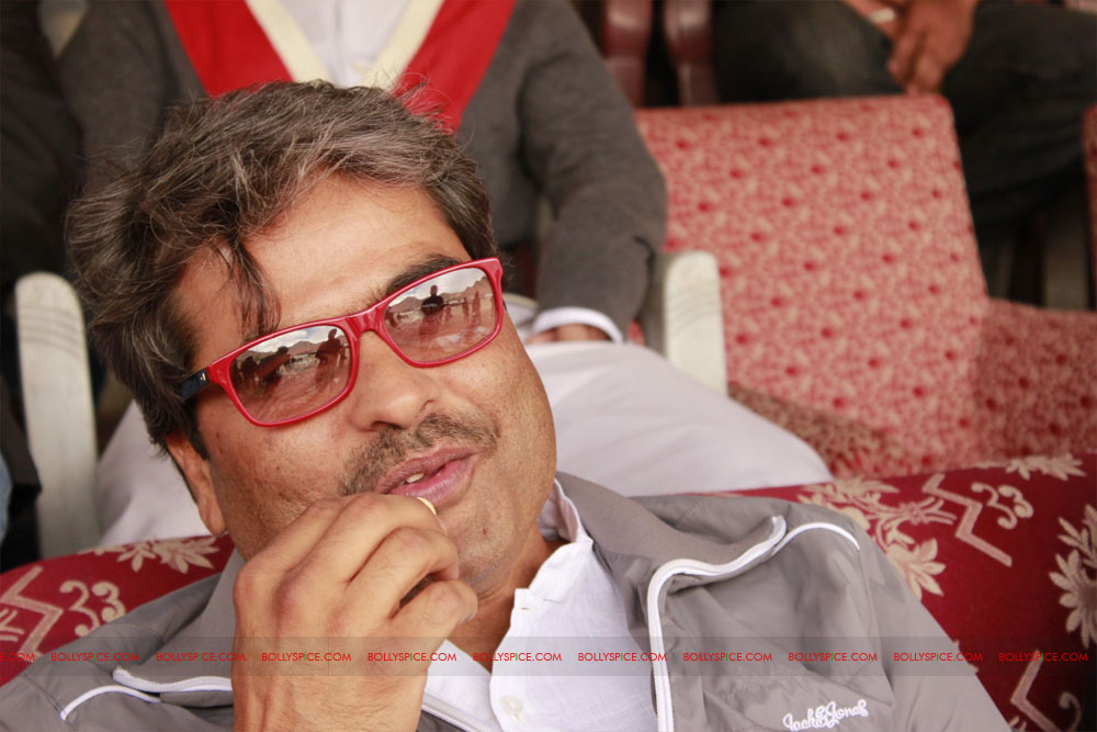 12jun kalki ladakhfestival04 Kalki,Vishal Bhardwaj & Govind Nihalani enjoying polo match held to promote Ladakh tradition during Ladakh International Film Festival