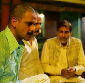 12jun manojbajpai GoW02 300x290 Gangs of Wasseypur is an amazing mix of dark and humor   Manoj Bajpayee