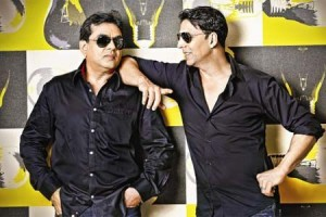 ak paresh 300x200 Akshay Kumar's surprise birthday gift to Paresh Rawal