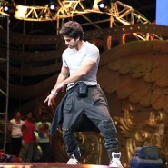 iifaday202 185x185 Raj & Pablos BollyTastic World: More from the Stars at IIFA including Shahid and Farhans Rehearsal!!