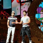 iifaday224 185x185 Raj & Pablos BollyTastic World: More from the Stars at IIFA including Shahid and Farhans Rehearsal!!