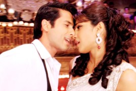 More of the prem kahaani of Teri Meri Kahaani times 5