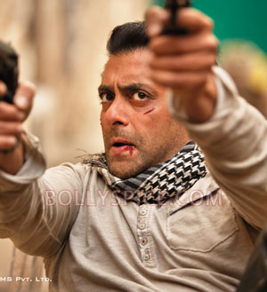 12jul ETT character01 Check out the exclusive stills, wallpapers and more from Ek Tha Tiger!