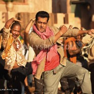 12jul ETT stills01 185x185 Check out the exclusive stills, wallpapers and more from Ek Tha Tiger!