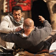 12jul ETT stills04 185x185 Check out the exclusive stills, wallpapers and more from Ek Tha Tiger!