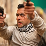 12jul ETT stills05 185x185 Check out the exclusive stills, wallpapers and more from Ek Tha Tiger!