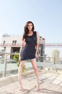 12jul Evelyn Sharma 200x300 Bollywood newbie Evelyn Sharma is the new fashionista!