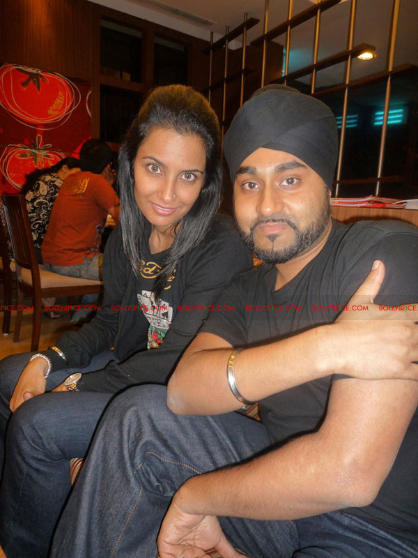 12jul NindytributeKuly Bollywood Songstress Nindy Kaur's Musical Tribute to RDB Brother Kuly