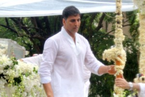Akshay Kumar expresses his thoughts about Rajesh Khannas funeral