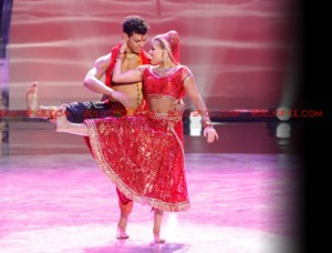 12jul nakul chehon witney SYTYCD01 300x228 Bollywood Brings Down the House on So You Think You Can Dance!
