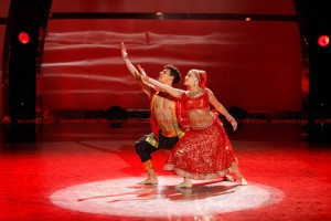 12jul nakul chehon witney SYTYCD02 300x200 Bollywood Brings Down the House on So You Think You Can Dance!