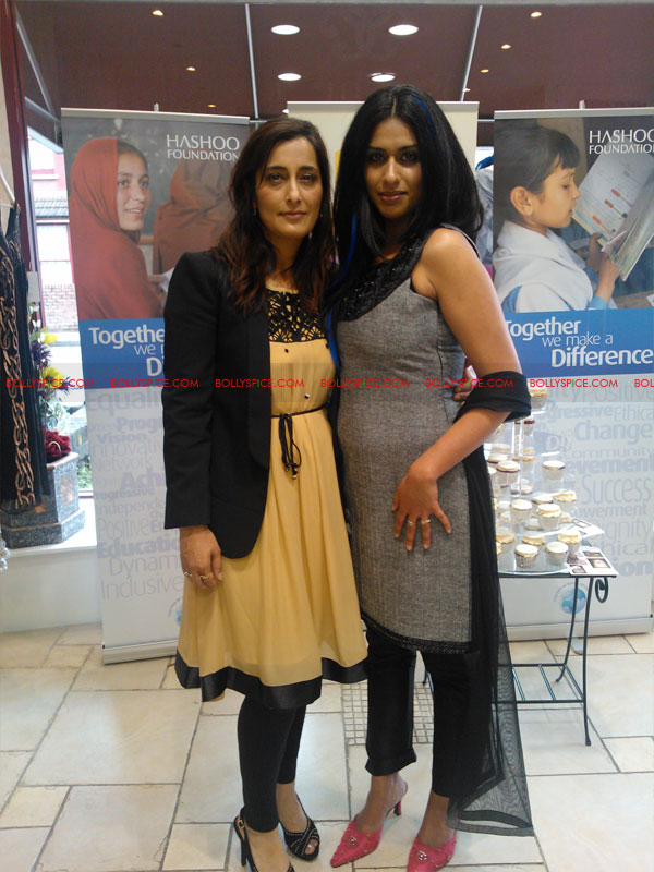 12jul raishma launchesRTW03 UK Designer Raishma launches RTW collection and raises funds for the Hashoo Foundation!