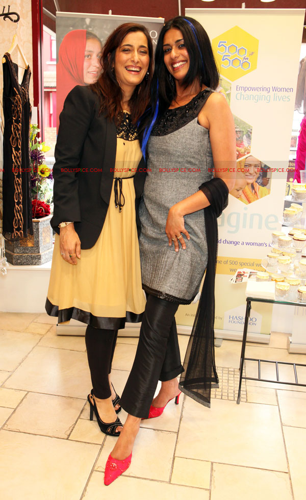 12jul raishma launchesRTW05 UK Designer Raishma launches RTW collection and raises funds for the Hashoo Foundation!