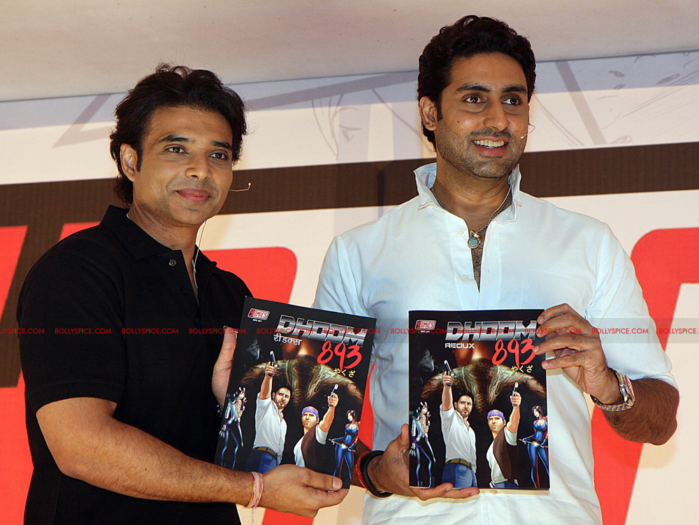 12jul uday abhishek yomics05 Uday Chopra and Abhishek Bachchan launch YOMICS