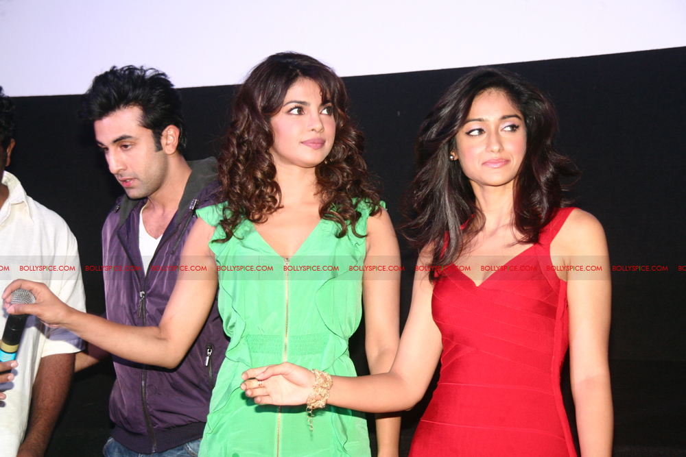 12jun barfitrailerlaunch01 In Pictures and Video: Ranbir and Priyanka at Barfi Trailer Launch!