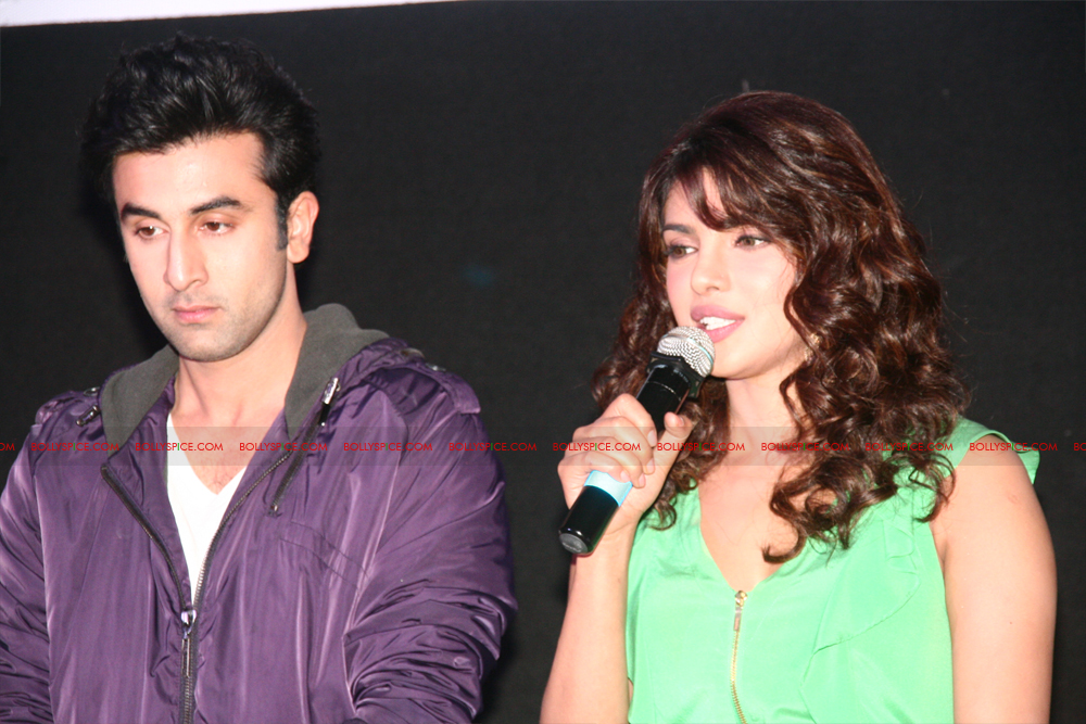 12jun barfitrailerlaunch05 In Pictures and Video: Ranbir and Priyanka at Barfi Trailer Launch!