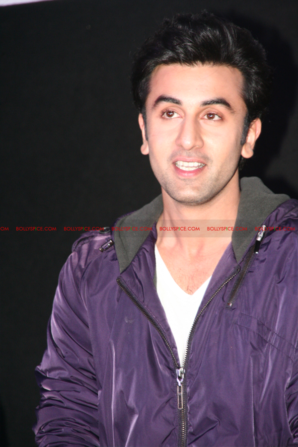 12jun barfitrailerlaunch06 In Pictures and Video: Ranbir and Priyanka at Barfi Trailer Launch!