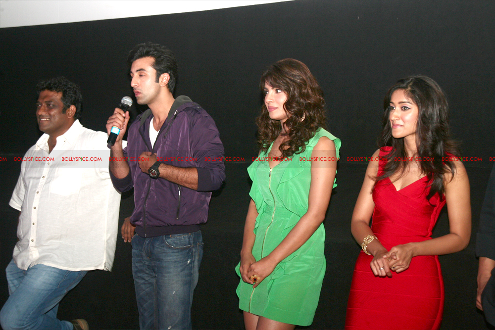 12jun barfitrailerlaunch08 In Pictures and Video: Ranbir and Priyanka at Barfi Trailer Launch!