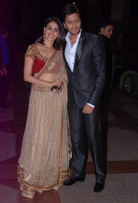 12jun whwn eshasangeet08 Whos Hot Whos Not   Esha Deol's Sangeet Ceremony