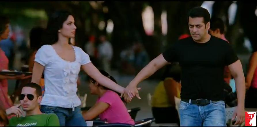 ett06 New Ek Tha Tiger Digital Poster and Some Cool Stills too!