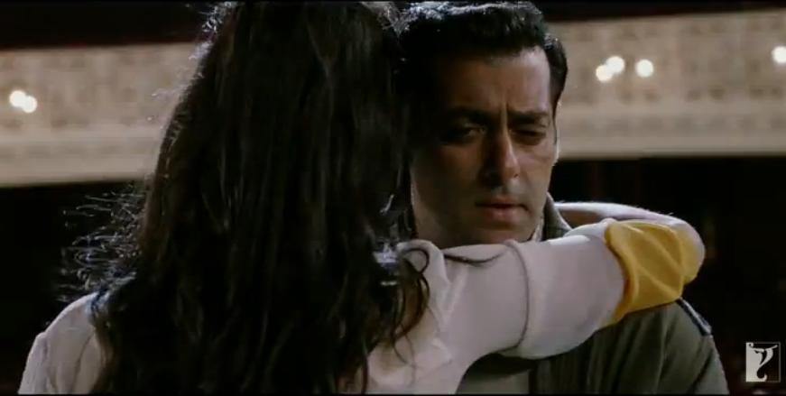 ett10 New Ek Tha Tiger Digital Poster and Some Cool Stills too!