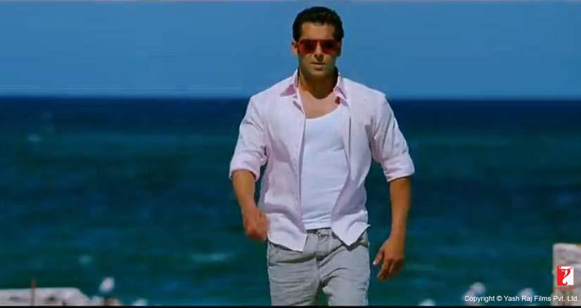 ett12 New Ek Tha Tiger Digital Poster and Some Cool Stills too!