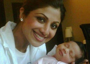 shilpababy 300x214 Shilpa Shetty: Thats not my boy!
