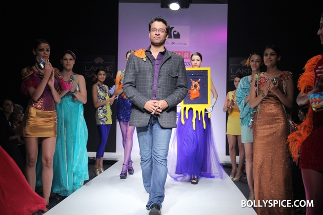 12aug LFW winterFelixBendish01 Anushka Khanna, Felix Bendish and Izi Atelier Presented Grand Shows at the Usha Talent Box during Lakmé Fashion Week Winter/Festive 2012