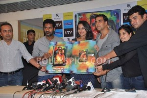 12aug RowdyRathoreDVDlaunch09 300x200 Akshay and Sonakshi at their witty best at DVD launch